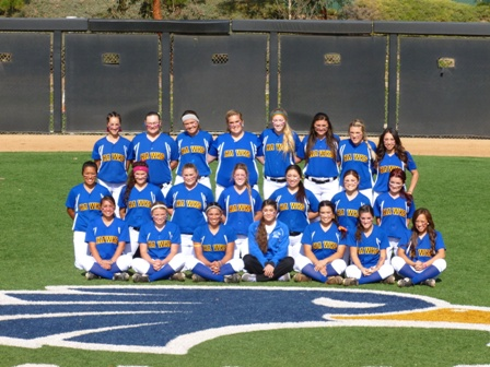 2014 W Softball team for roster.jpg